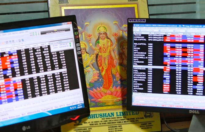 Best Tips to Earn Money by Trading in Stock Market